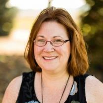 Julie Lanza