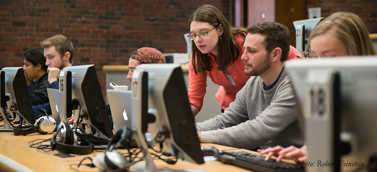 Annie Swafford '06 works with her students at SUNY New Paltz