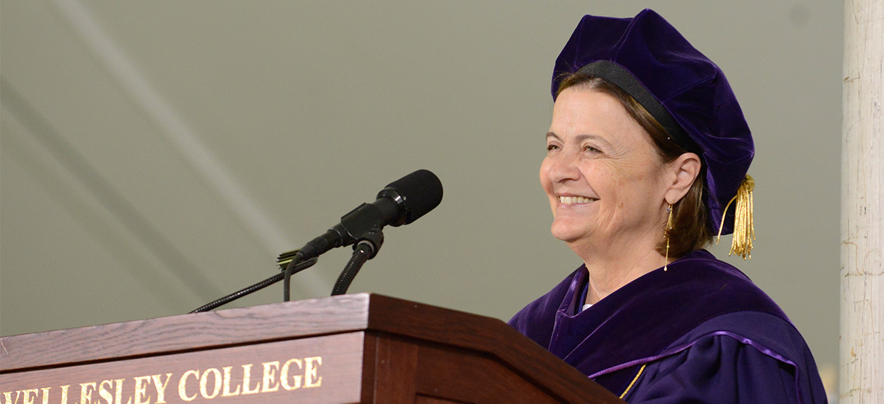 President H. Kim Bottomly in commencement regalia