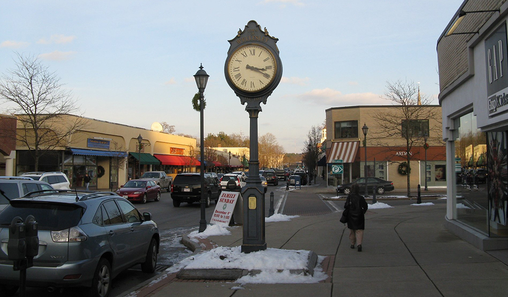 An image of Wellesley Town Center