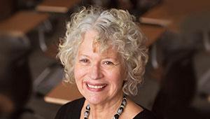 Lynne Viti headshot