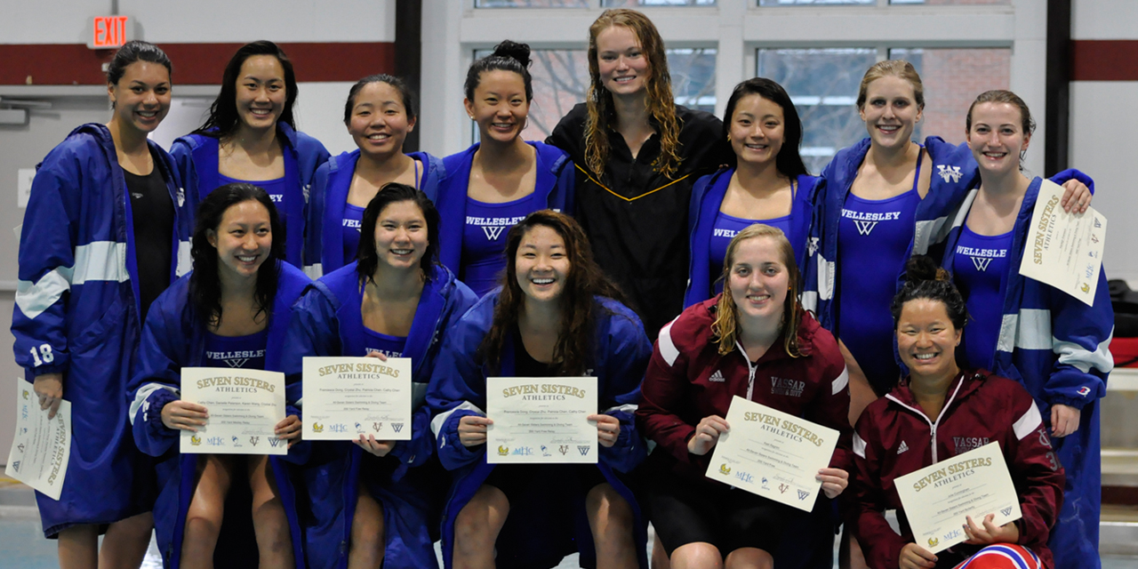 Wellesley Blue Swim and Dive team