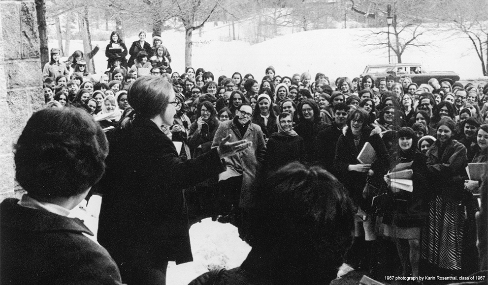 Hillary Rodham speaking at rally at Wellesley College