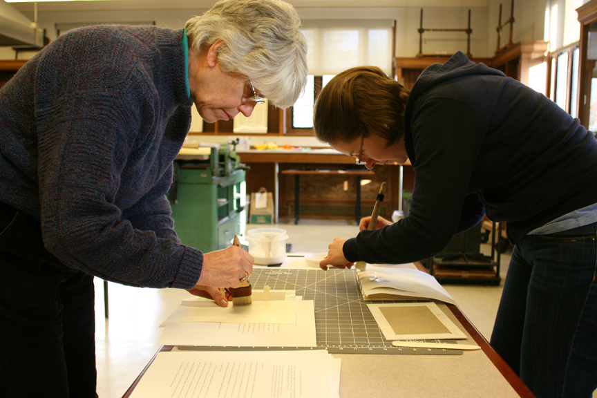 Photograph of participants in Book Arts Workshop working in Book Arts Lab