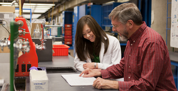 Shoshana Bachman and Professor David Haines in the lab