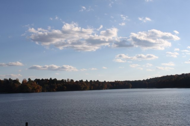 Wellesley College, Lake Waban