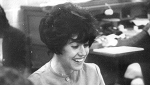 Nora Ephron working in college newspaper office in 1962