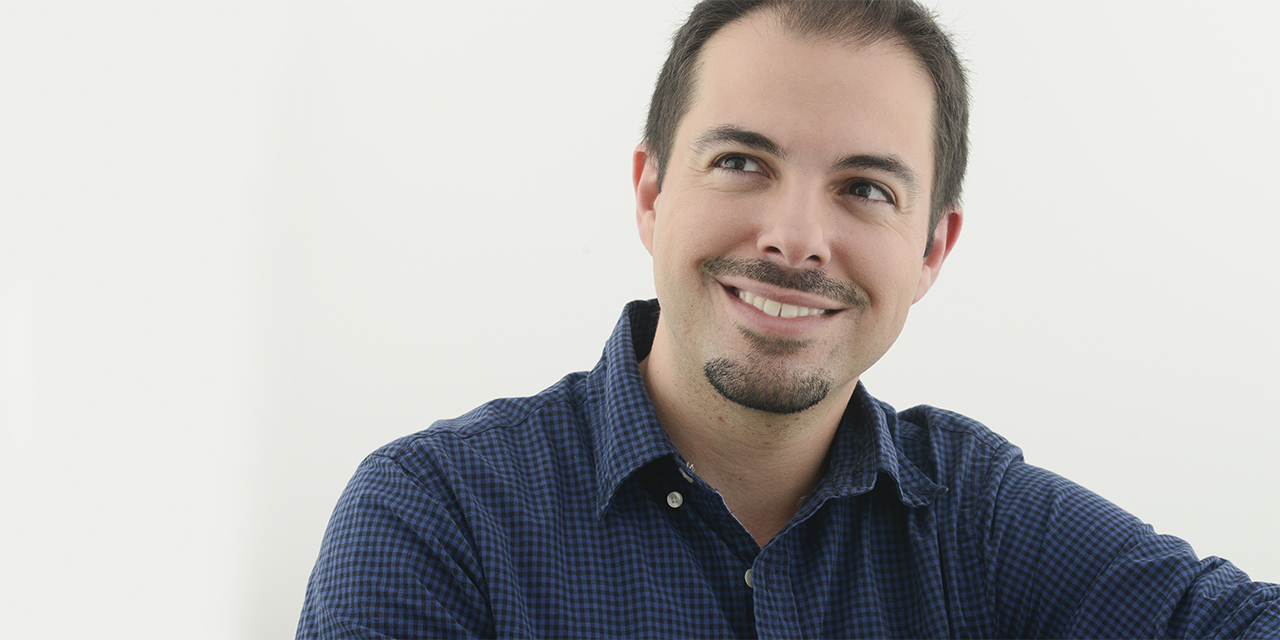 WCAI Radio interviews Wellesley professor Oscar Fernandez