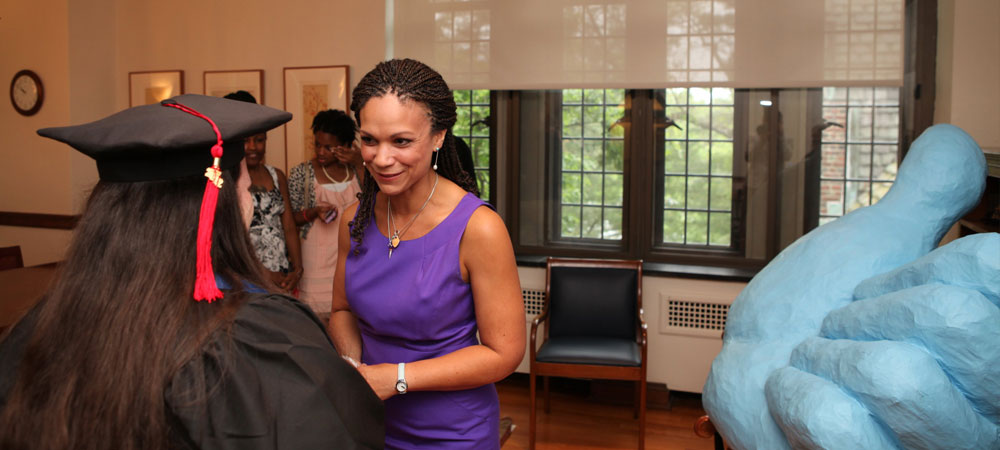 Melissa Harris-Perry meets with student one-on-one