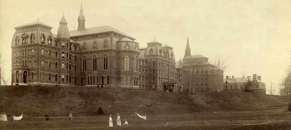 College Hall before the fire in 1914