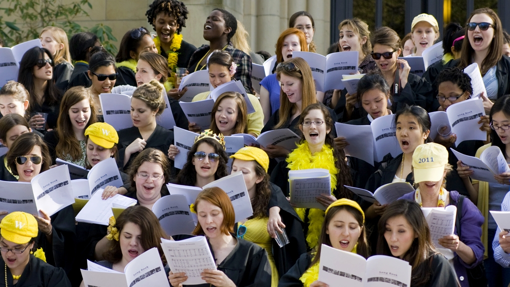 Yellow class step-singing