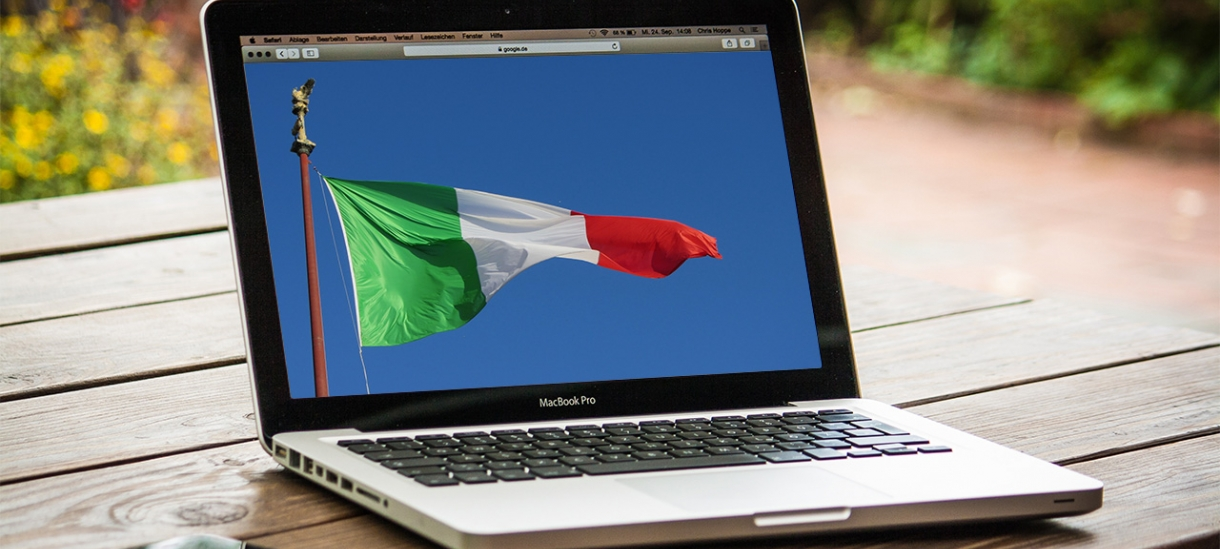 Italian flag on a computer screen