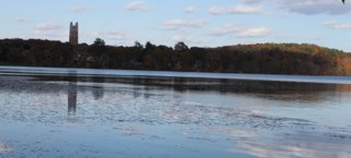 Photo of Lake Waban with Green Hall in the background at Wellesley College taken by Andrea Verdelli