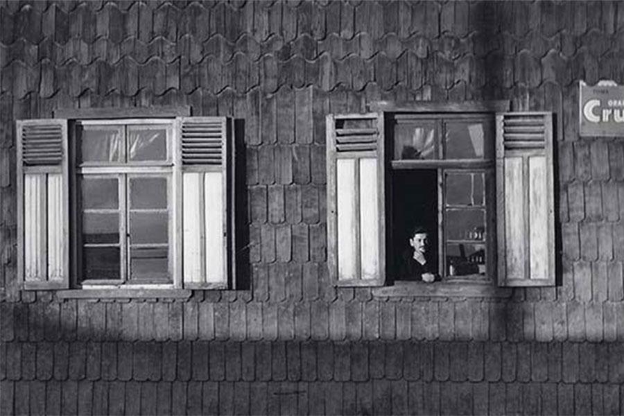 image Milton Rogovin's Man at window