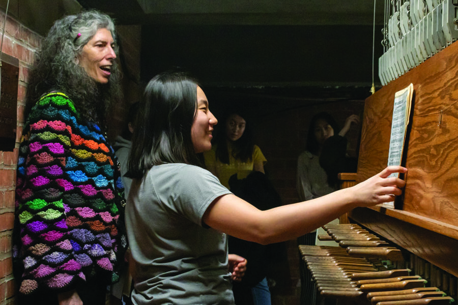 people playing the carillon