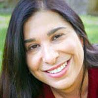 Lisa Rodensky square headshot