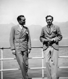 Philip Johnson and Alfred Barr, Lake Maggiore, Switzerland, April 1933.  © The Museum of Modern Art/Licensed by SCALA/Art Resource, New York