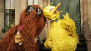 Sesame Street's Snuffleupagus and Big Bird