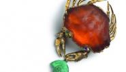 crab pin closeup