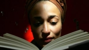 Zadie Smith reading by hipgallery.com