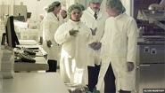 Congresswoman Barbara Lee visits lab at UC-Berkeley