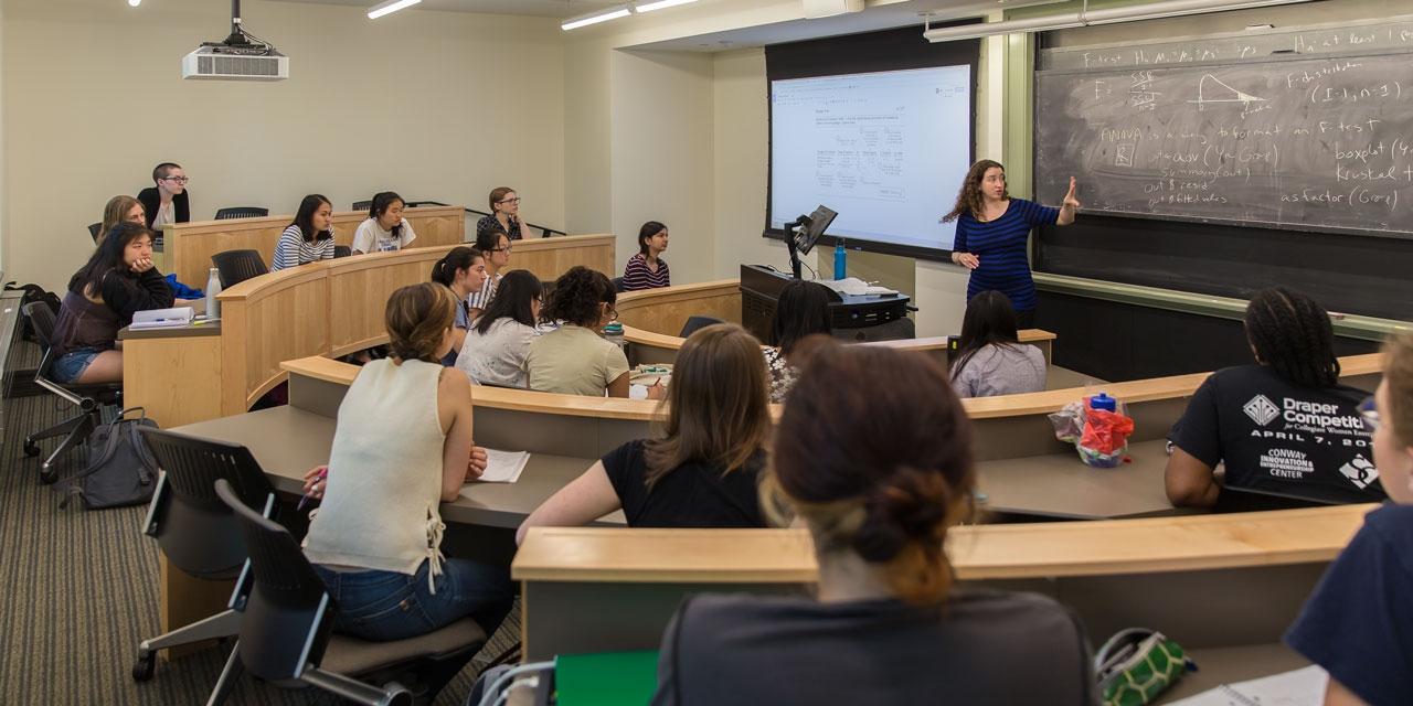 Cassandra Pattanayak teaches a statistics class