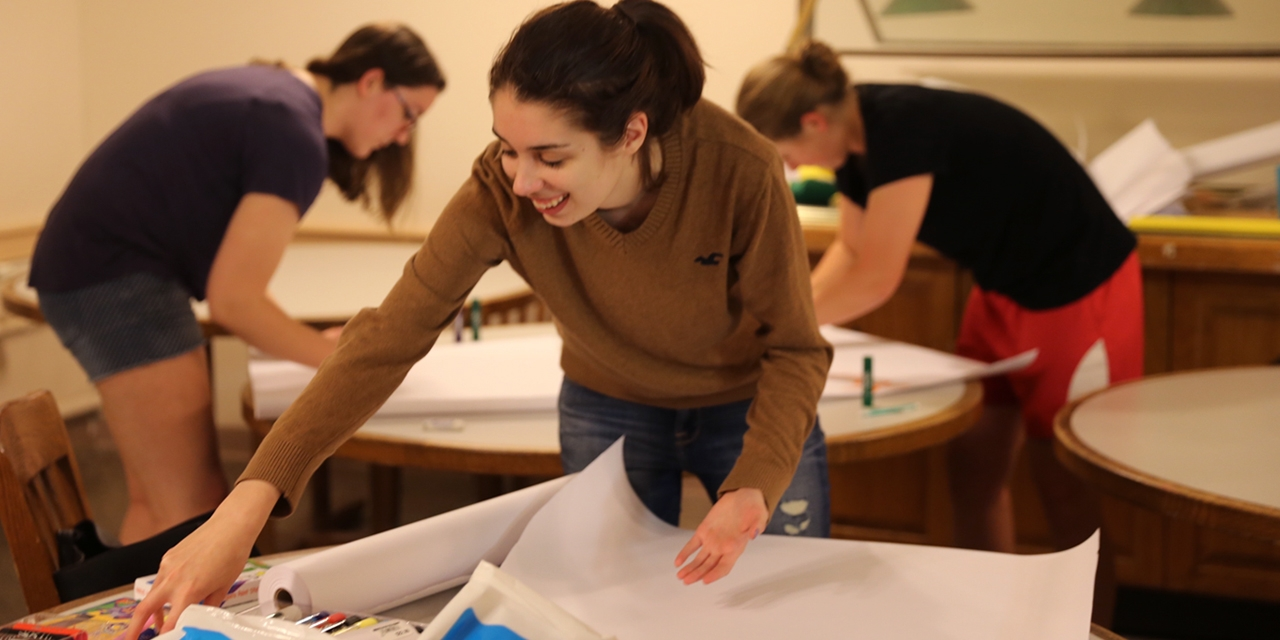 sign-making in Munger Hall