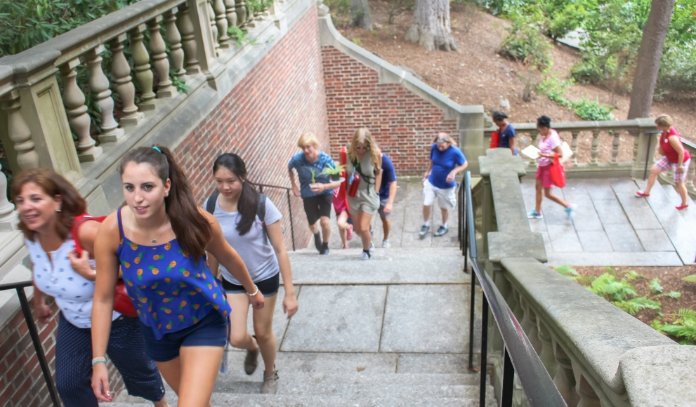 Students start their college journey
