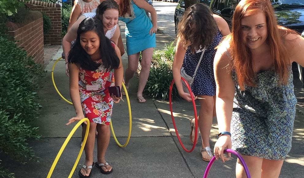 students Hooprolling