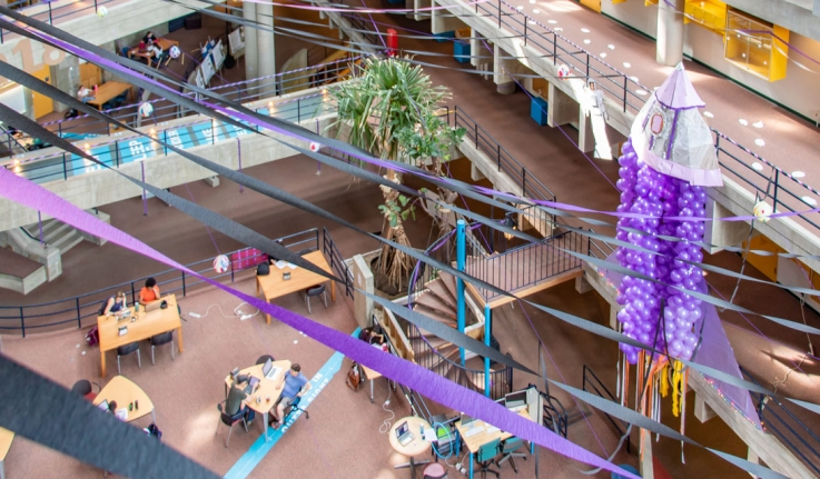 class of 2018 senior prank, purple spaceship in science center