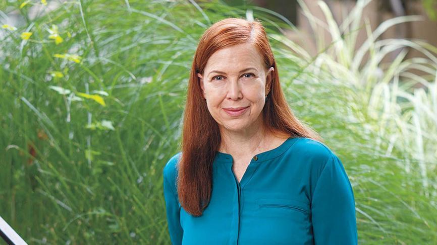 Kimberly Dozier '87