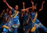 Wellesley Association for South Asian Cultures dancing