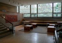 Located on the third floor, this space acts an extension to the larger Jewett Gallery.