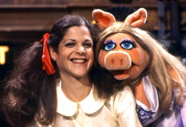 Gilda Radner with another famous comedian, Miss Piggy