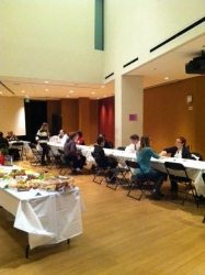 students dining in Tishman Commons