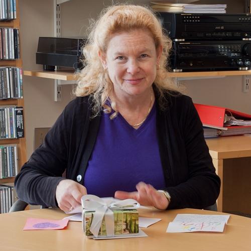 Dr. Claire Fontijn