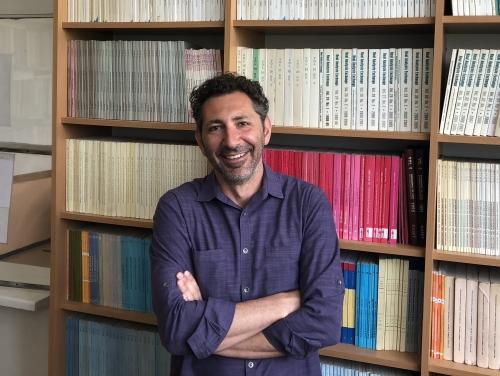 headshot of Ismar Volić